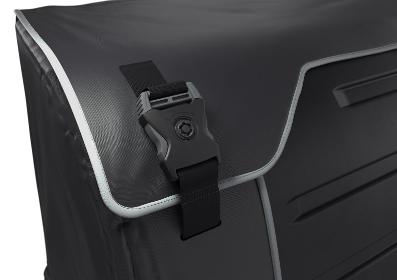 Thule_Backspace_Feature_Buckle_01_917100